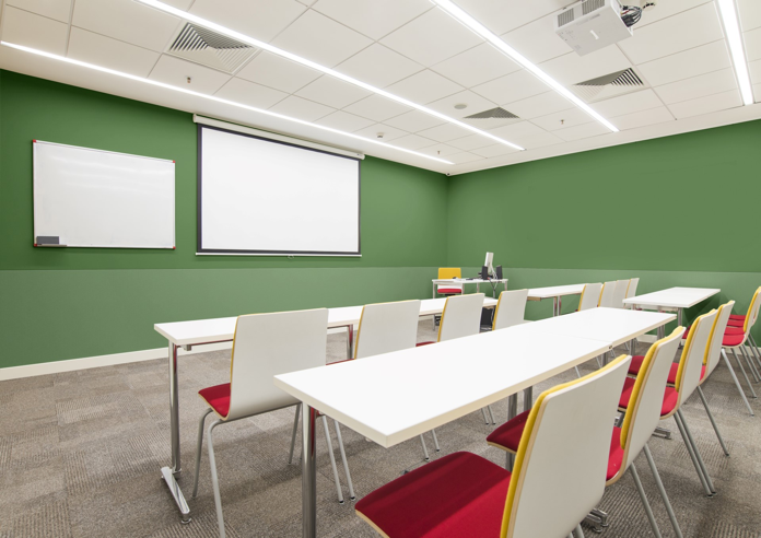 photo-of-college-classroom-with-two-band-acoustic-stretched-fabric-wall-finishing-on-the-walls-Custom
